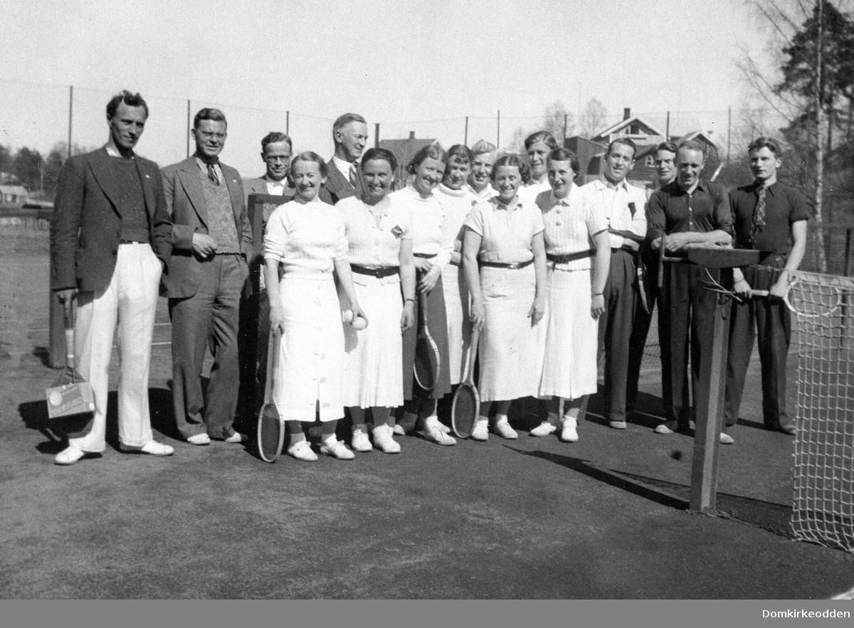 Fra åpning av HIL Tennis i Hamar Park 1905